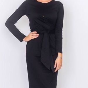 Dresses & Skirts - Front knot jersey midi dress